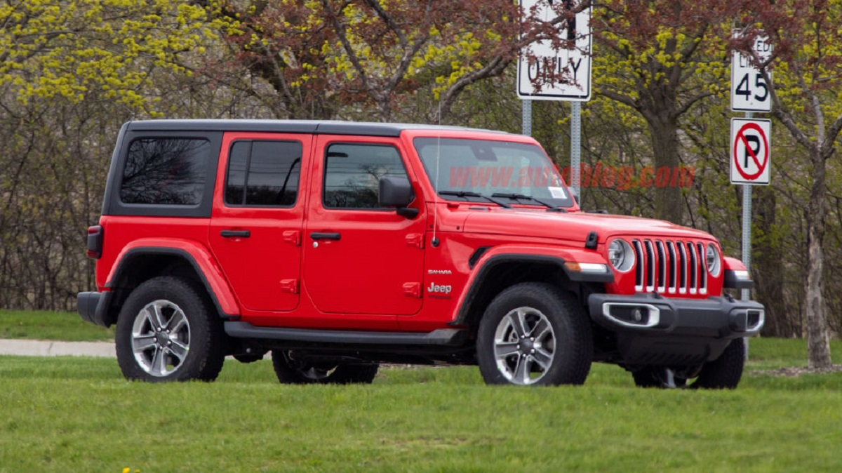Jeep Wrangler Unlimited EcoDiesel foto spia