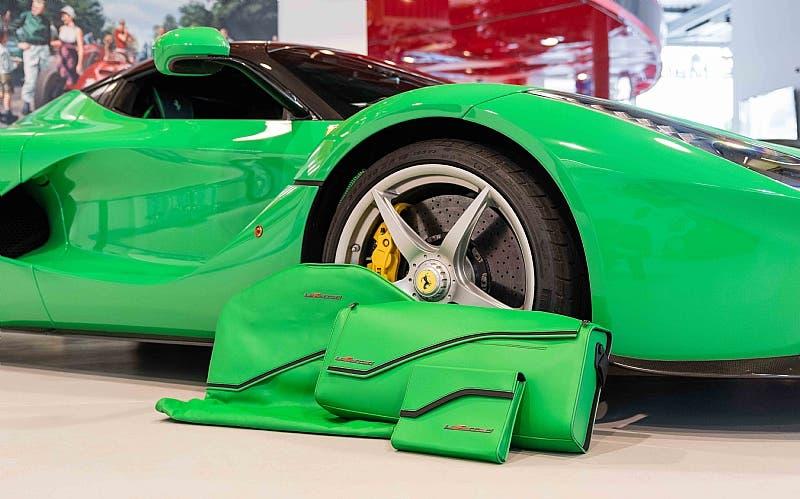 LaFerrari Kermit Green