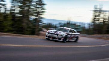 Dodge Charger SRT Hellcat Widebody Pikes Peak