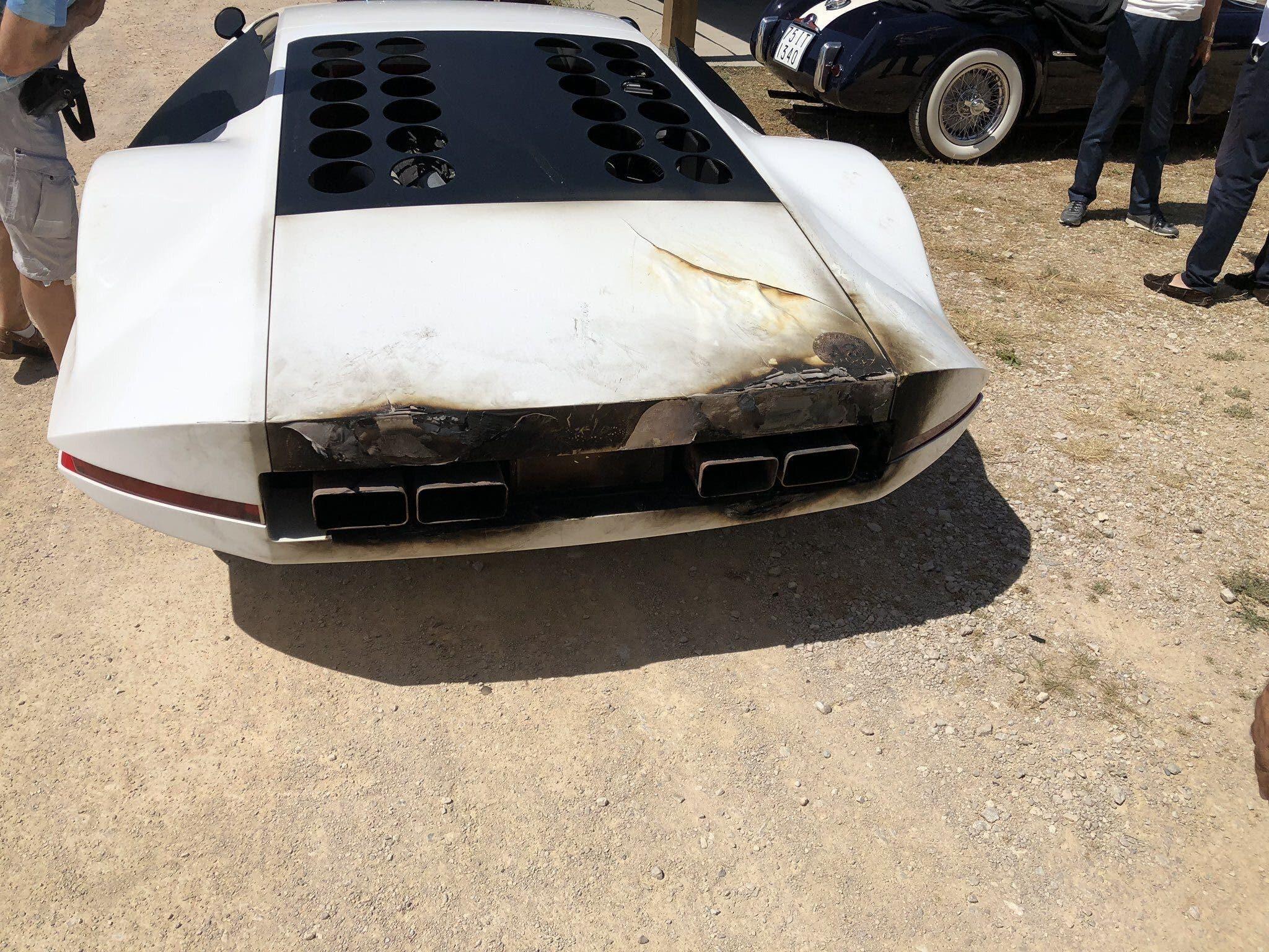 Ferrari Modulo prende fuoco