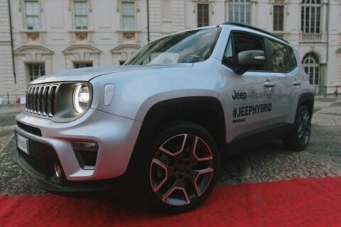 Jeep Renegade ibrido plug-in