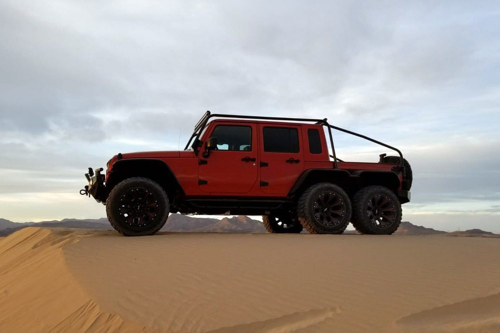 Jeep Wrangler Unlimited Custom 6x6 asta