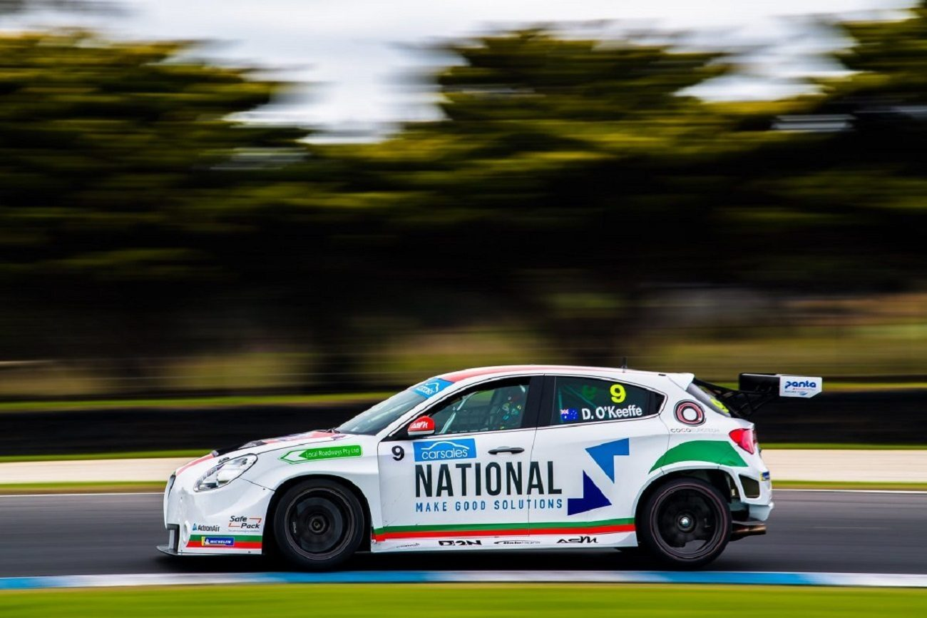 TCR Australia: l' Alfa Giulietta di O'Keffle in pole position