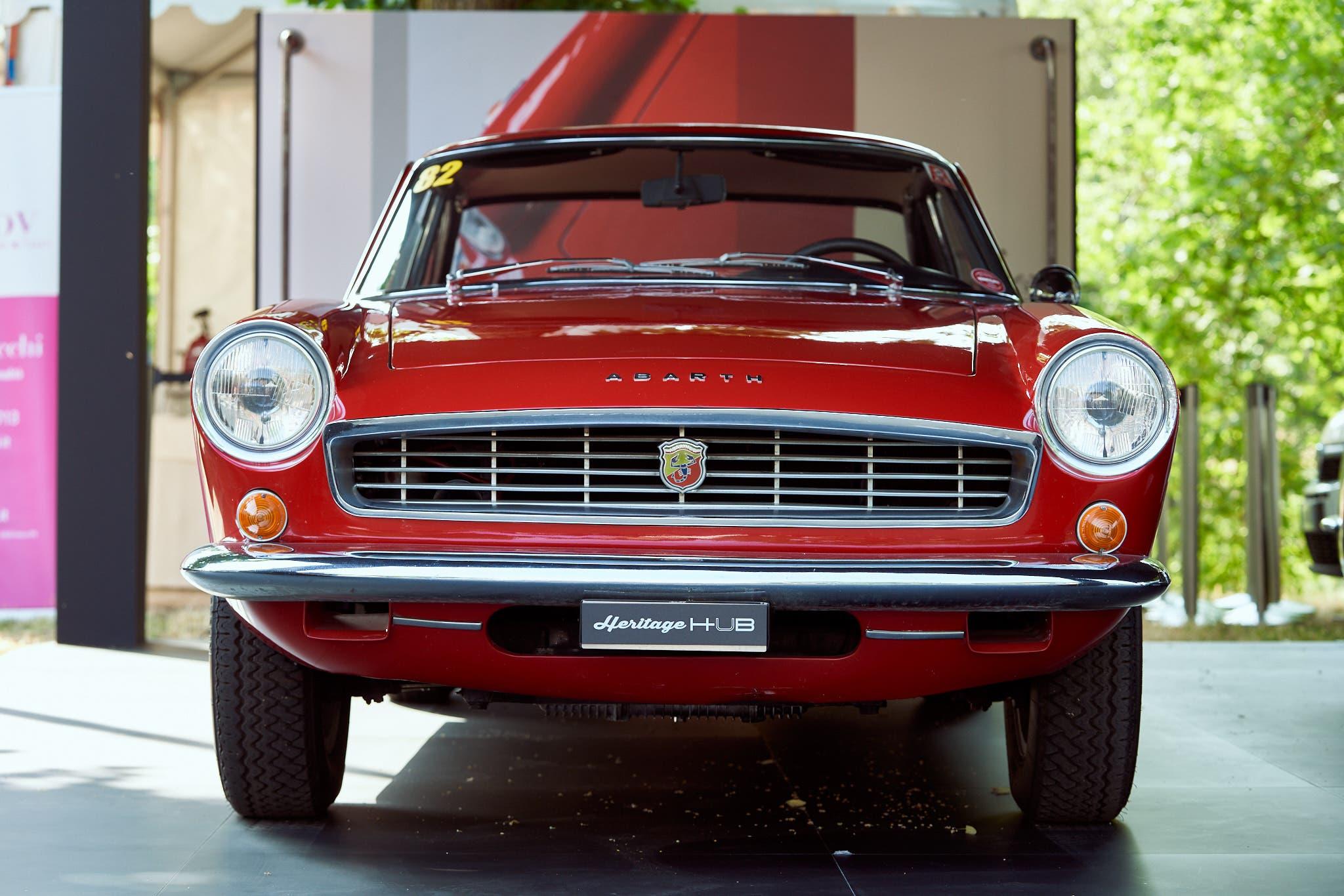 Abarth 2400 coupé