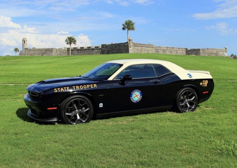 Dodge Challenger R/T 2019 Florida Highway Patrol