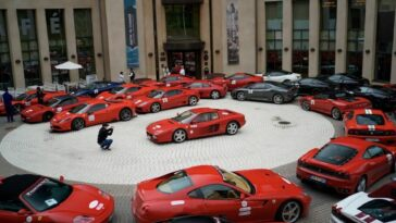 Ferrari 30 supercar Circolo Polare Artico