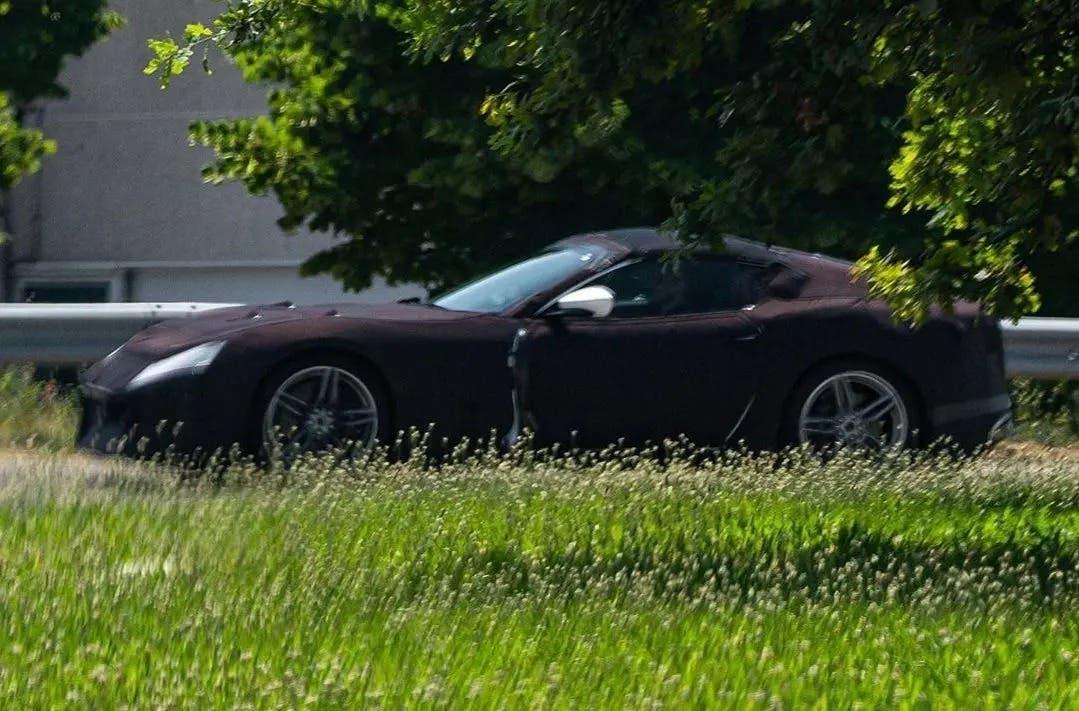 Ferrari 812 Spider spy