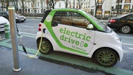 Auto elettriche sicurezza