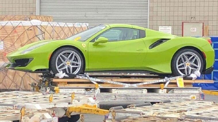 Ferrari 488 Pista Spider Verde Germoglio