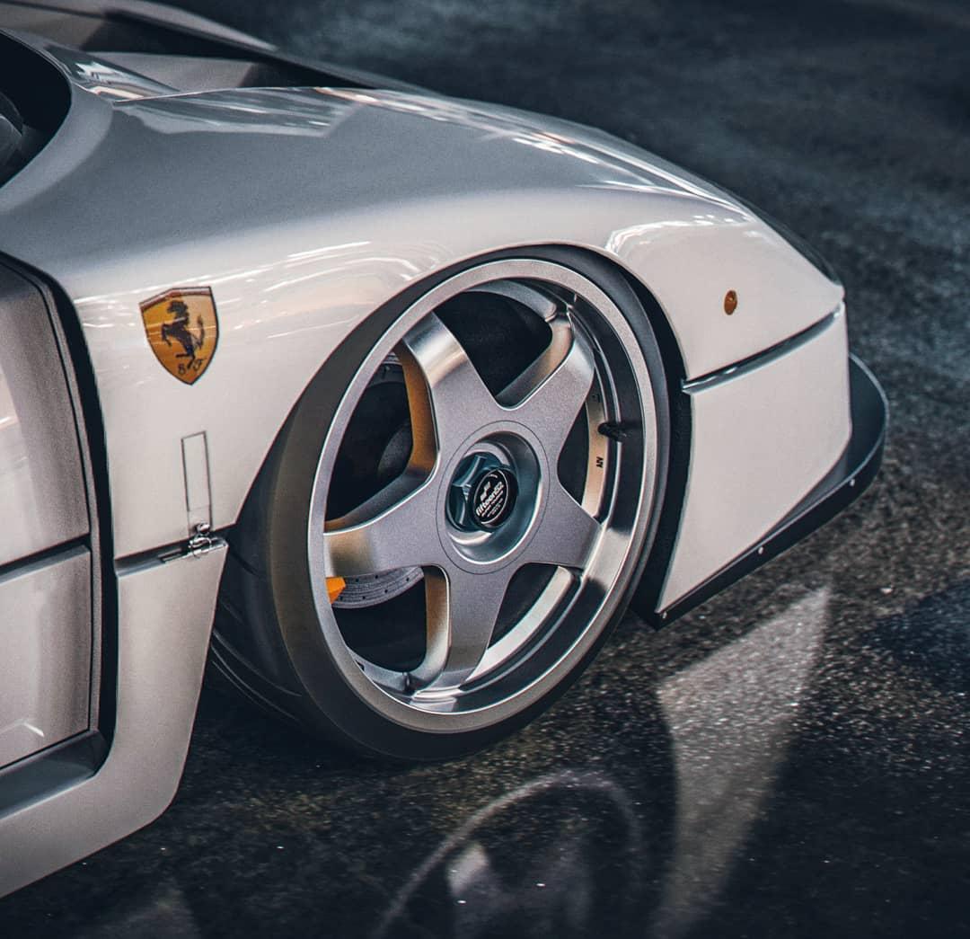 Ferrari F40 LM render