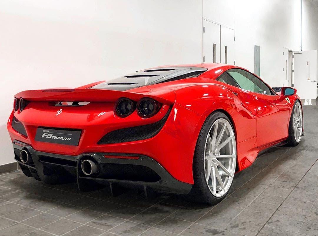 Ferrari F8 Tributo cerchi personalizzati