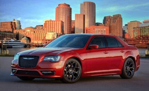 Nuova Chrysler 300 Canyon Sunset