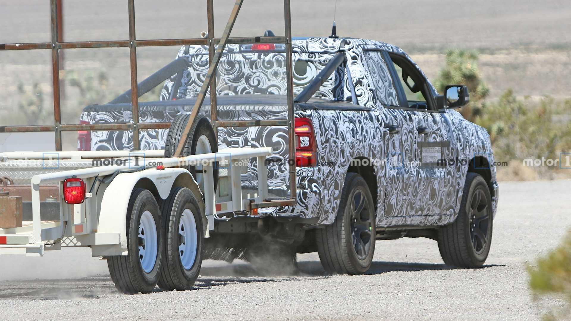 Nuovo Jeep Grand Wagoneer foto spia