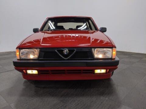 Alfa Romeo Milano Verde 1988 asta