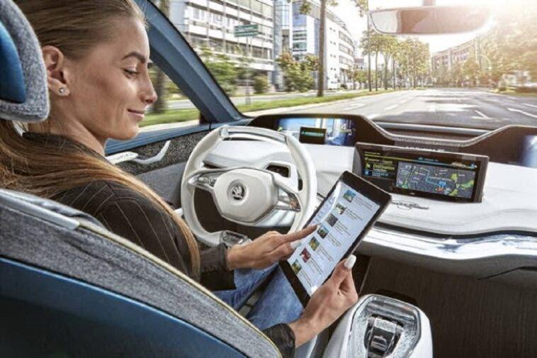 Auto a guida autonoma Cina