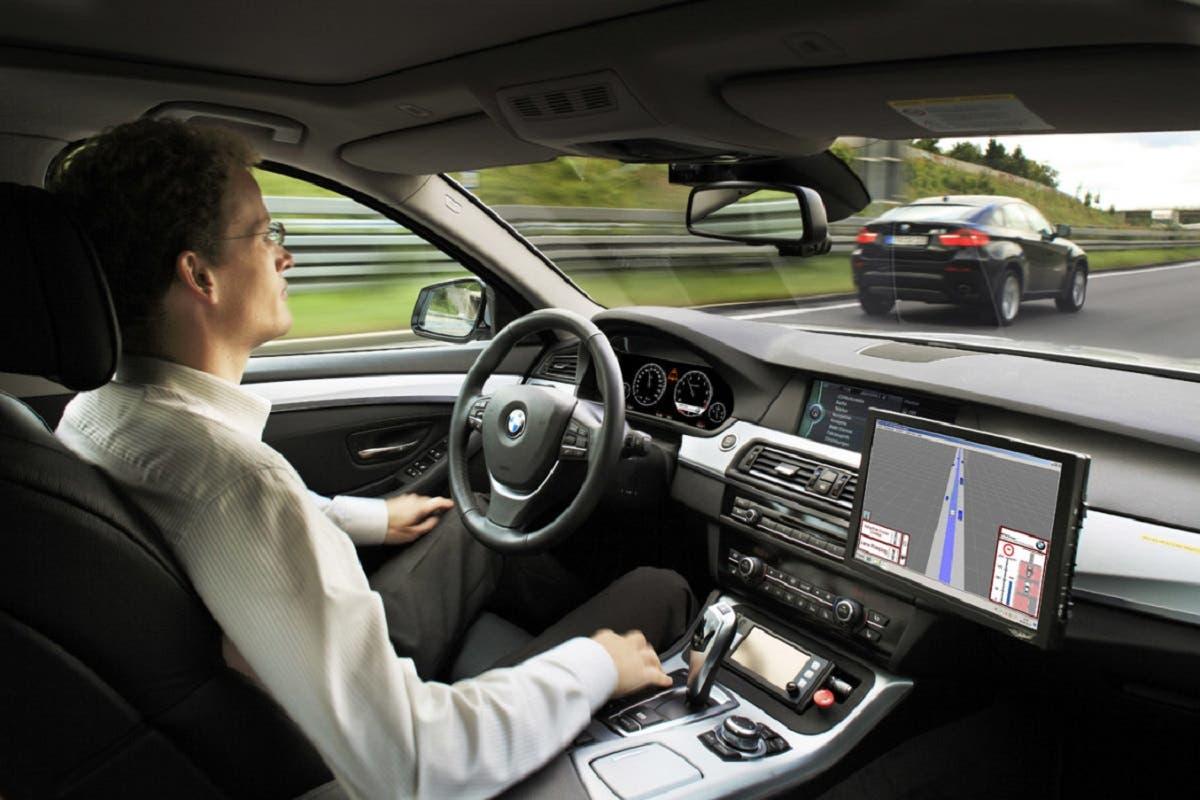 Auto a guida autonoma test