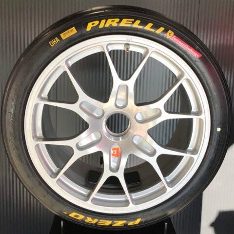 Pirelli P Zero DHA Ferrari 488 Challenge Evo