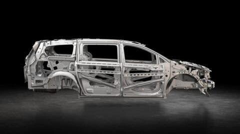 Chrysler Voyager acciaio ad alta resistenza
