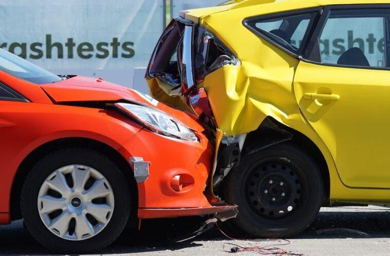 Assicurazione Riforma incidente tra auto