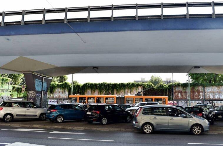 Ponte Cavalcavia Monteceneri sotto