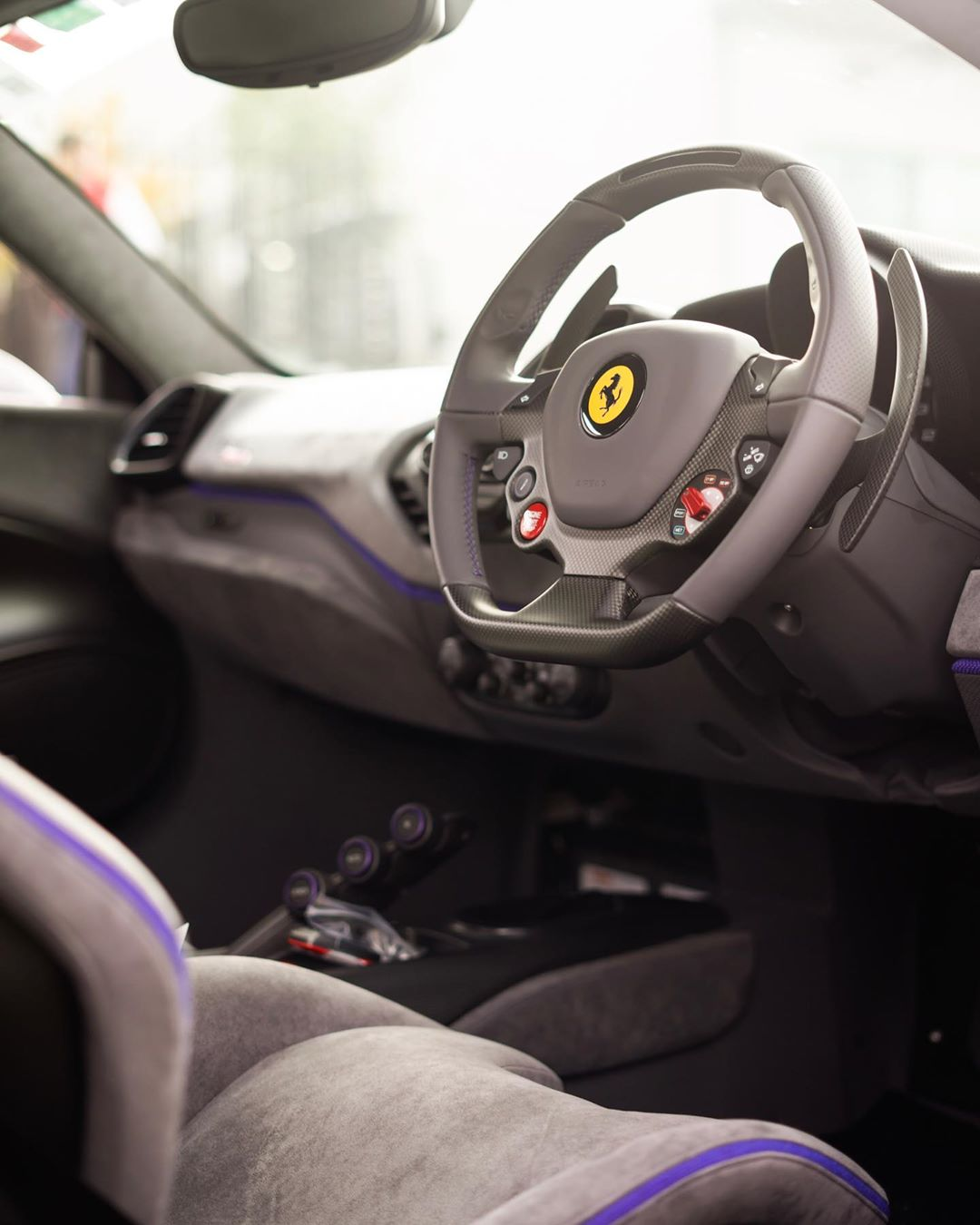 Ferrari 488 Pista Grigio Medio