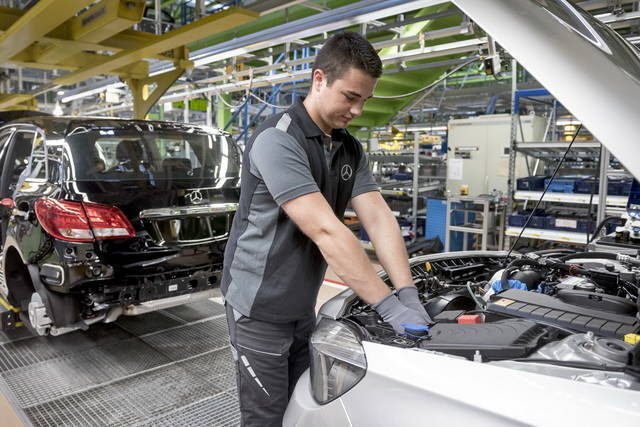 Auto elettriche lavoro Germania