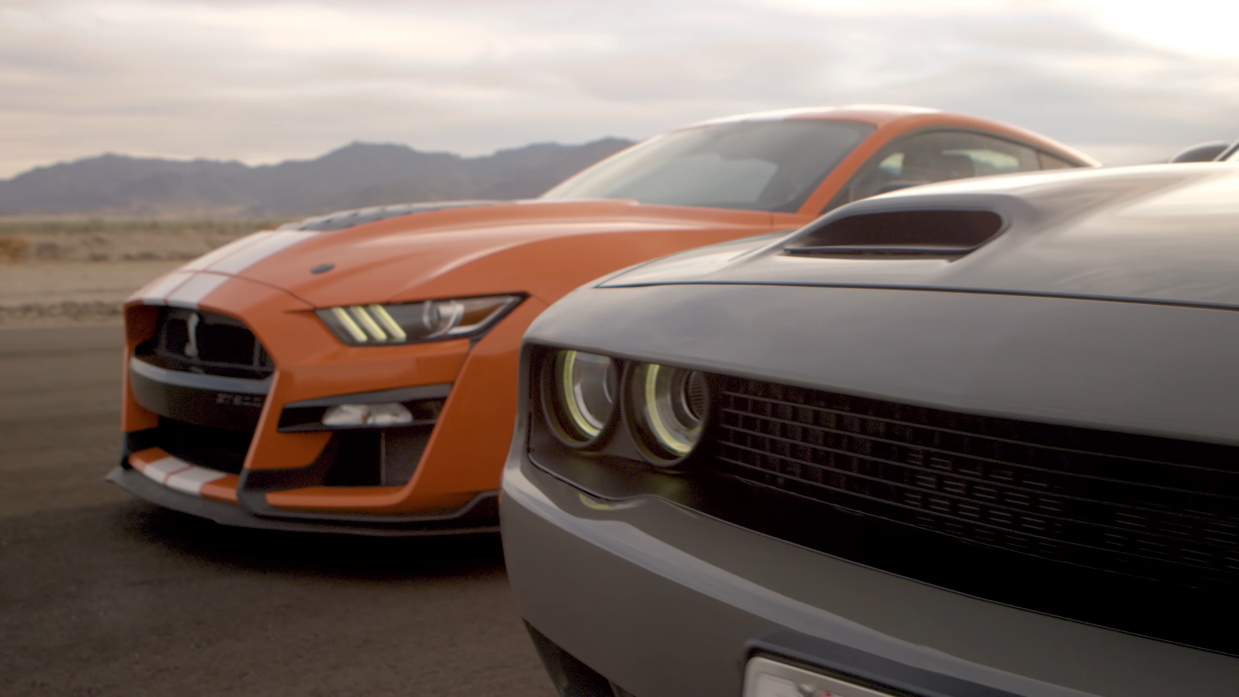 Dodge Challenger SRT Hellcat vs Ford Mustang Shelby GT500