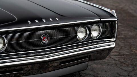 Dodge Charger 1967 528 Hemi V8 asta
