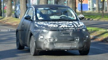 Fiat 500e 2021 prototipo foto spia