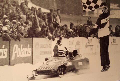 Gilles Villeneuve - 8