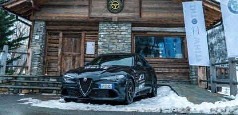 Alfa Romeo Giulia e Stelvio 2020 Into The White
