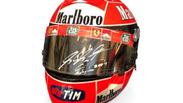 Ferrari casco Michael Schumacher 2001 asta