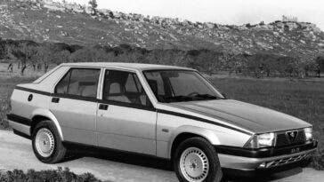 Alfa Romeo 75 - 2