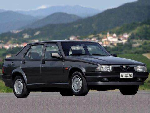Alfa Romeo 75 - 8