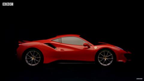 Ferrari 488 Pista vs McLaren 600LT Top Gear