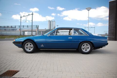 Ferrari 365 GT4 2+2 _ 5