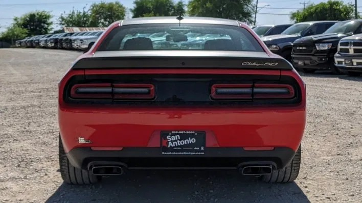 Dodge Challenger R/T Scat Pack Widebody 50th Anniversary Edition