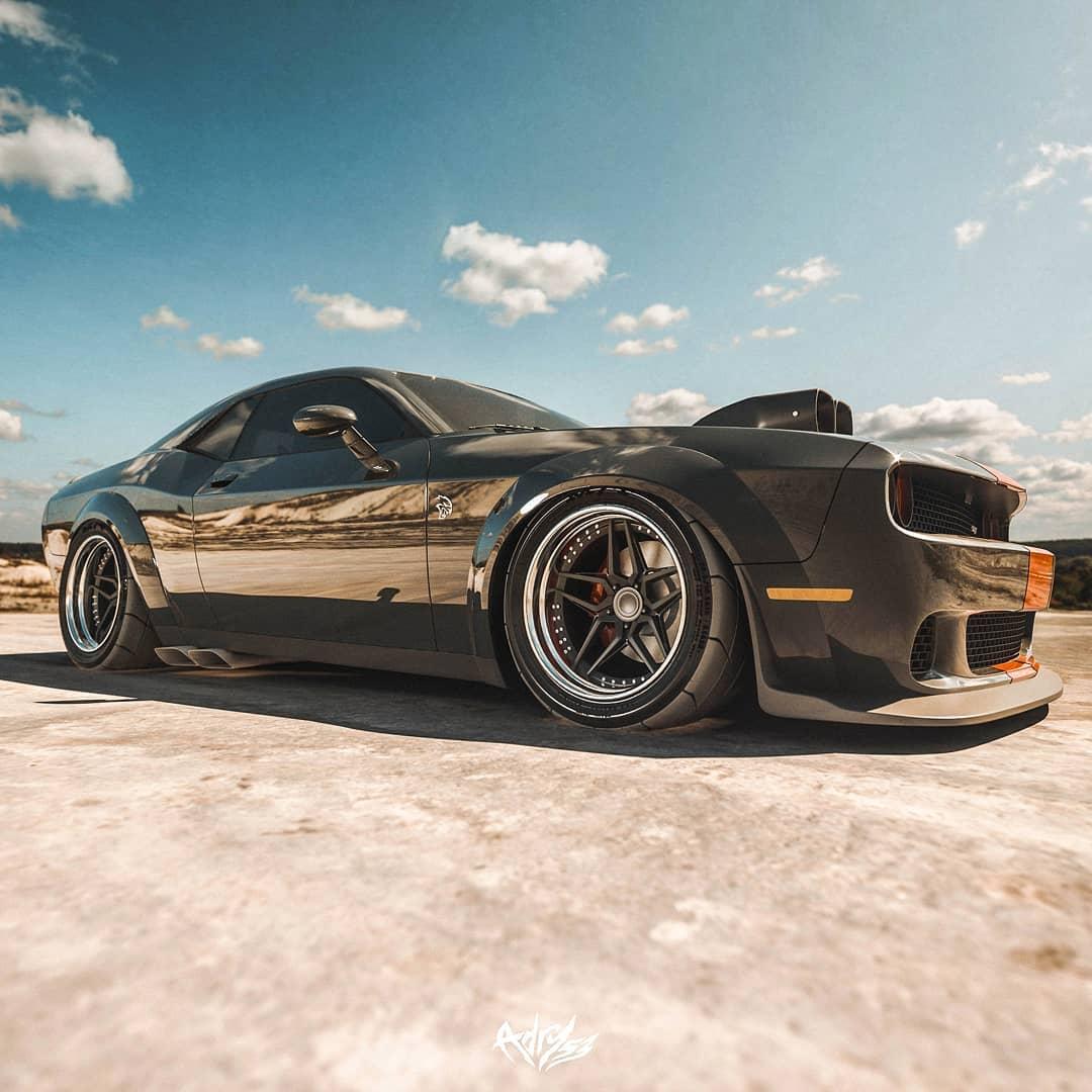 Dodge Challenger SRT Hellcat old school render