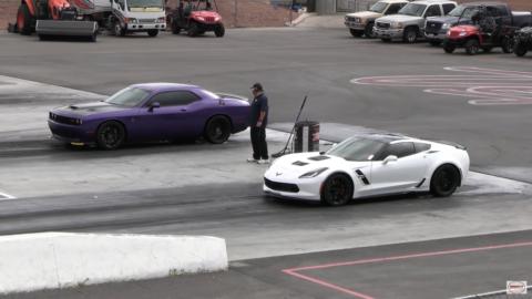 Dodge Challenger SRT Hellcat vs Chevrolet Corvette Grand Sport