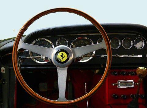 Ferrari 250 GTE 2+2 abbandonata