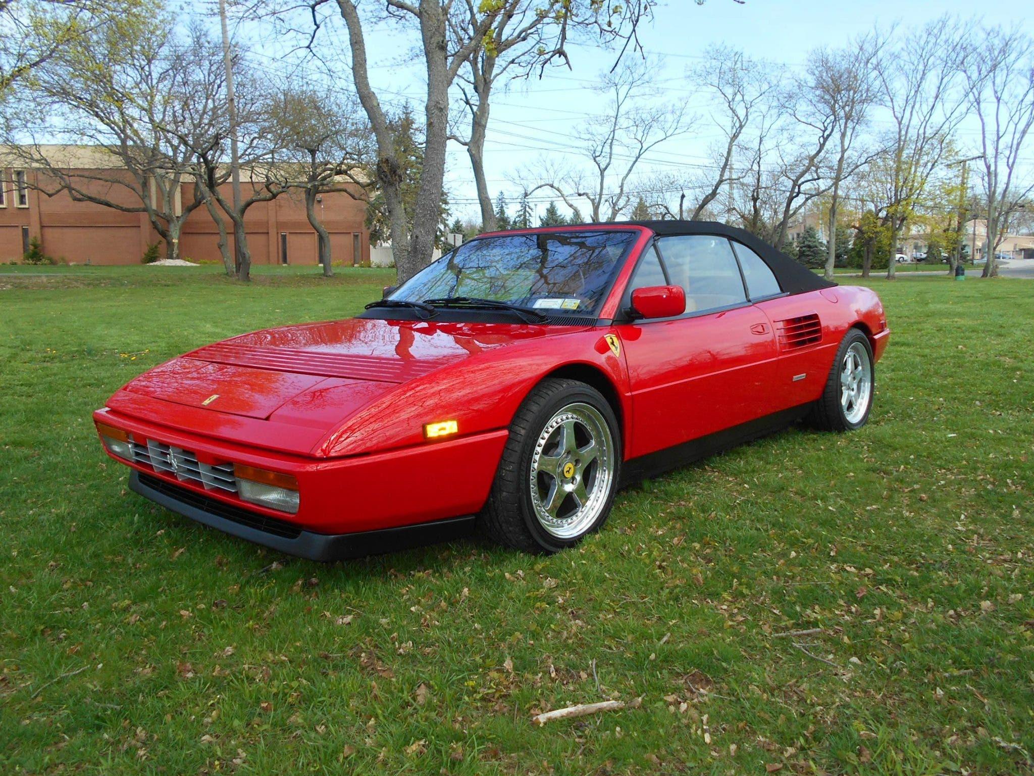 Ferrari Mondial T Cabrio 1989 asta