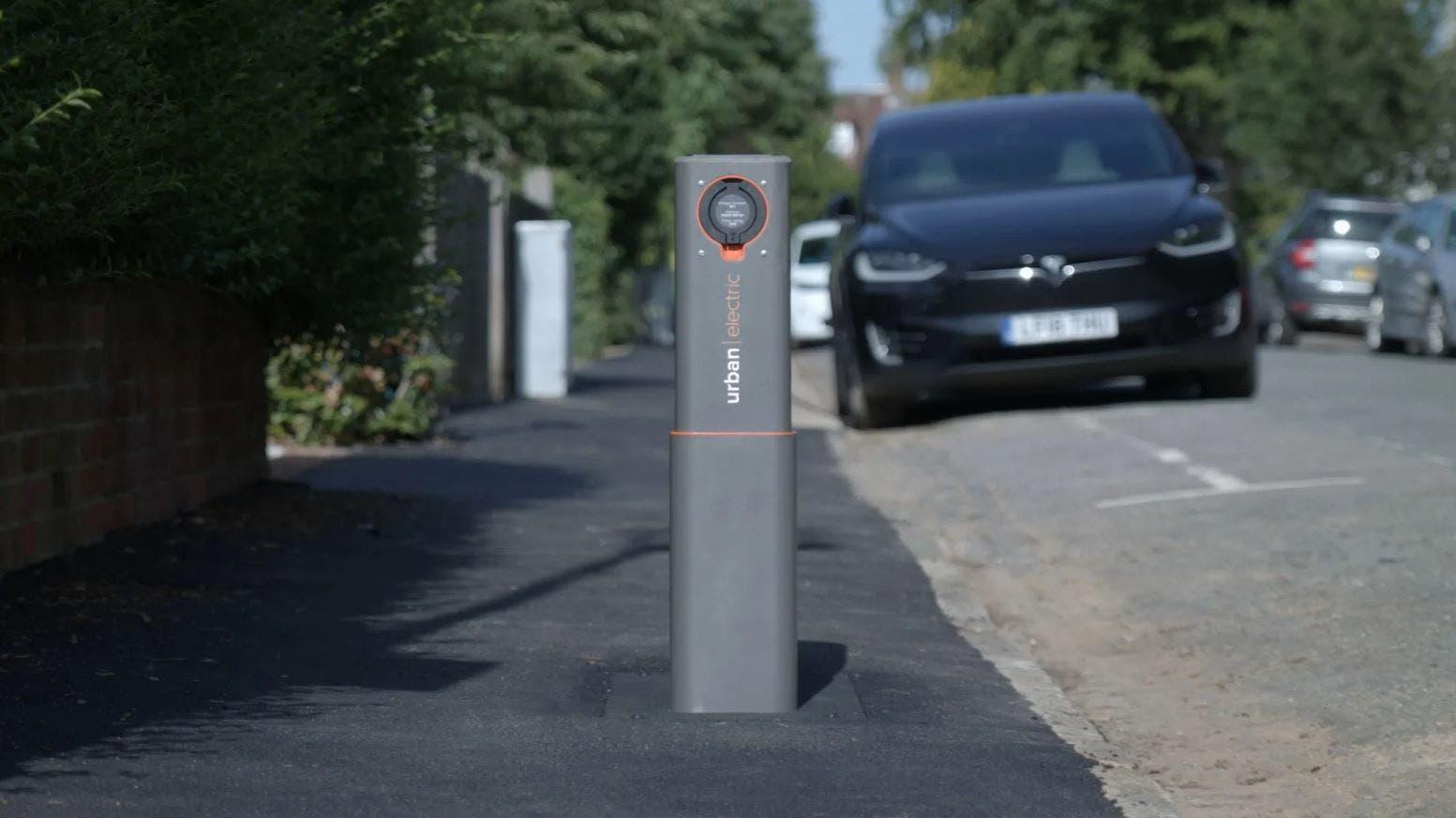 Urban Electric colonnine di ricarica pop-up auto elettriche