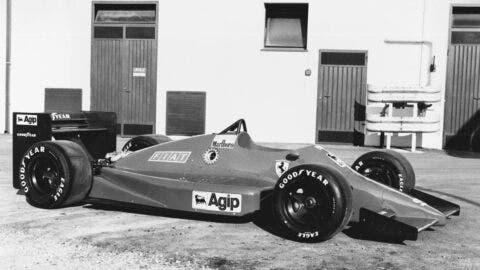 Ferrari 637 - 9