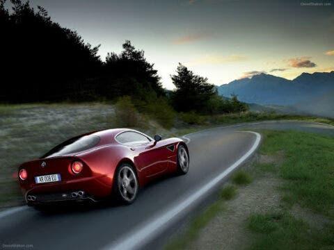 Alfa Romeo 8C Competizione - 2