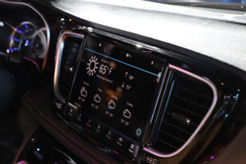 Chrysler Pacifica 2021 Uconnect 5