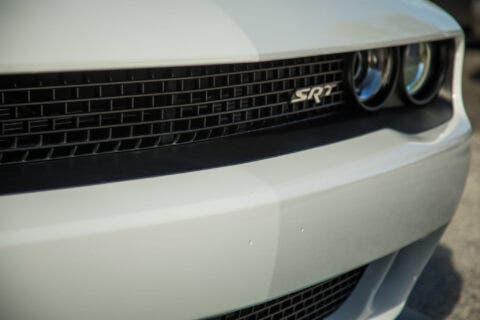 Dodge Challenger SRT Hellcat 2016 asta
