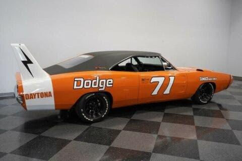 Dodge Charger Daytona Tribute 1970