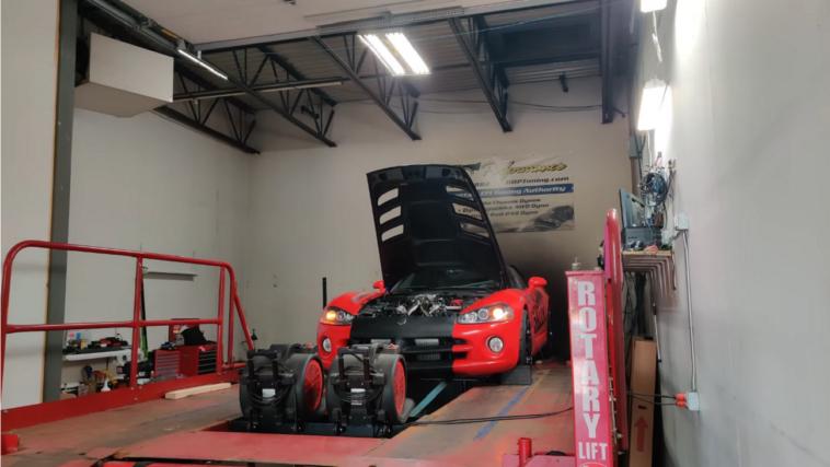 Dodge Viper biturbo