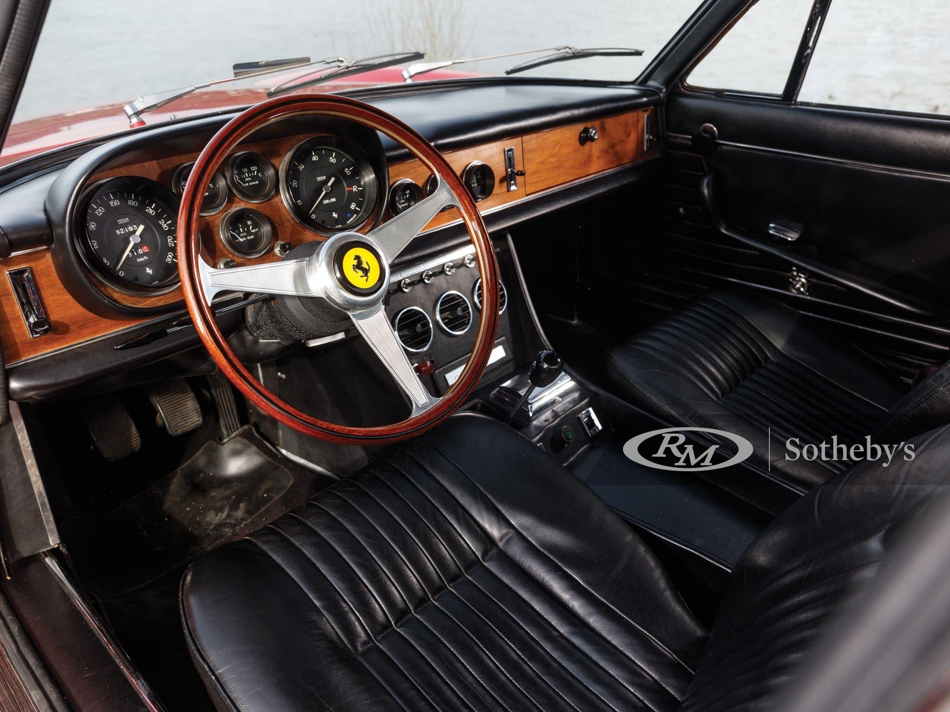 Ferrari 330 GTC 1967 asta