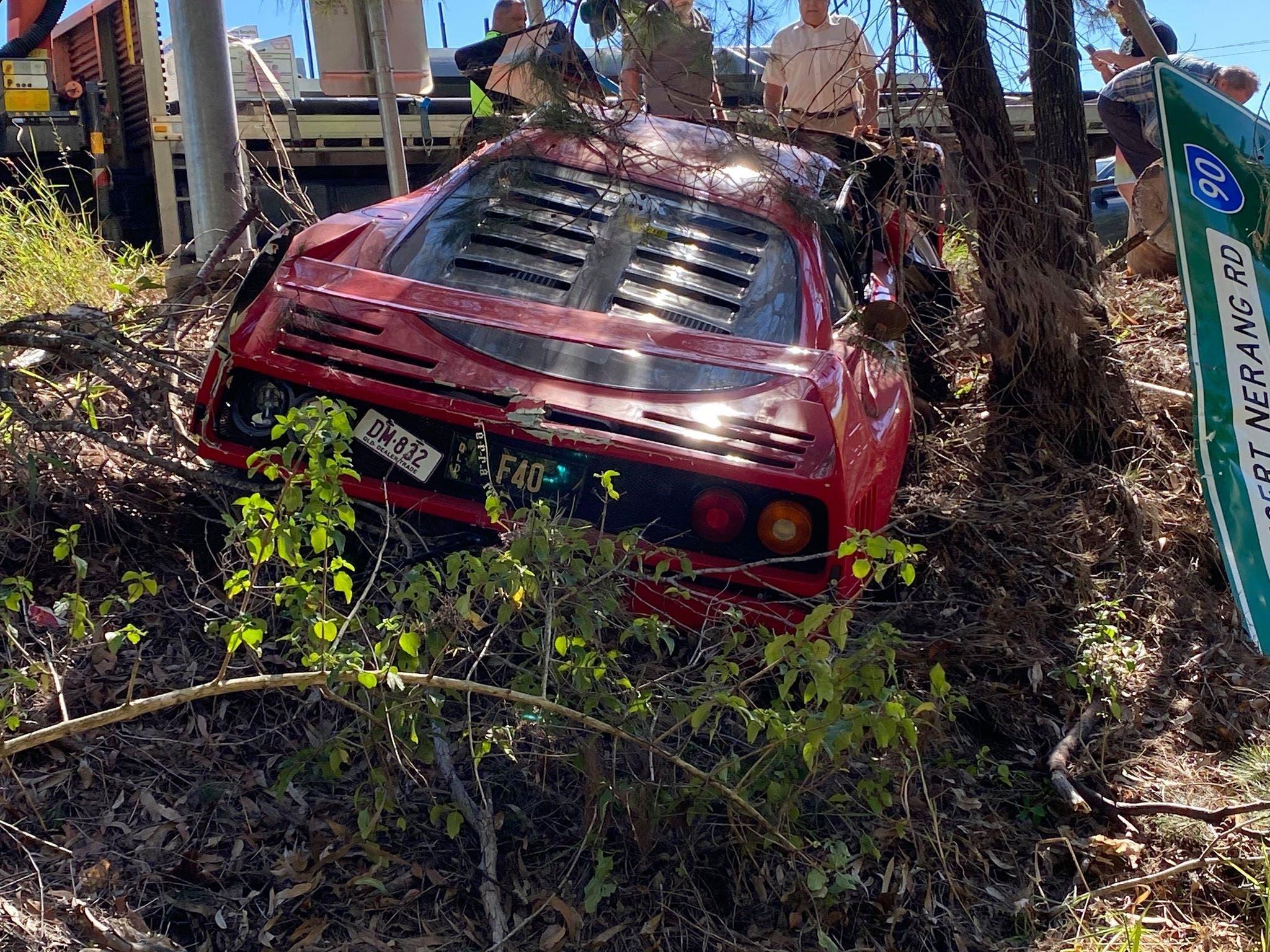 Ferrari F40 crash test drive